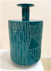 BETHAN LAURA WOOD vase A