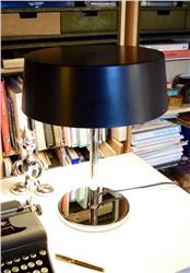 Chareau round table lamp